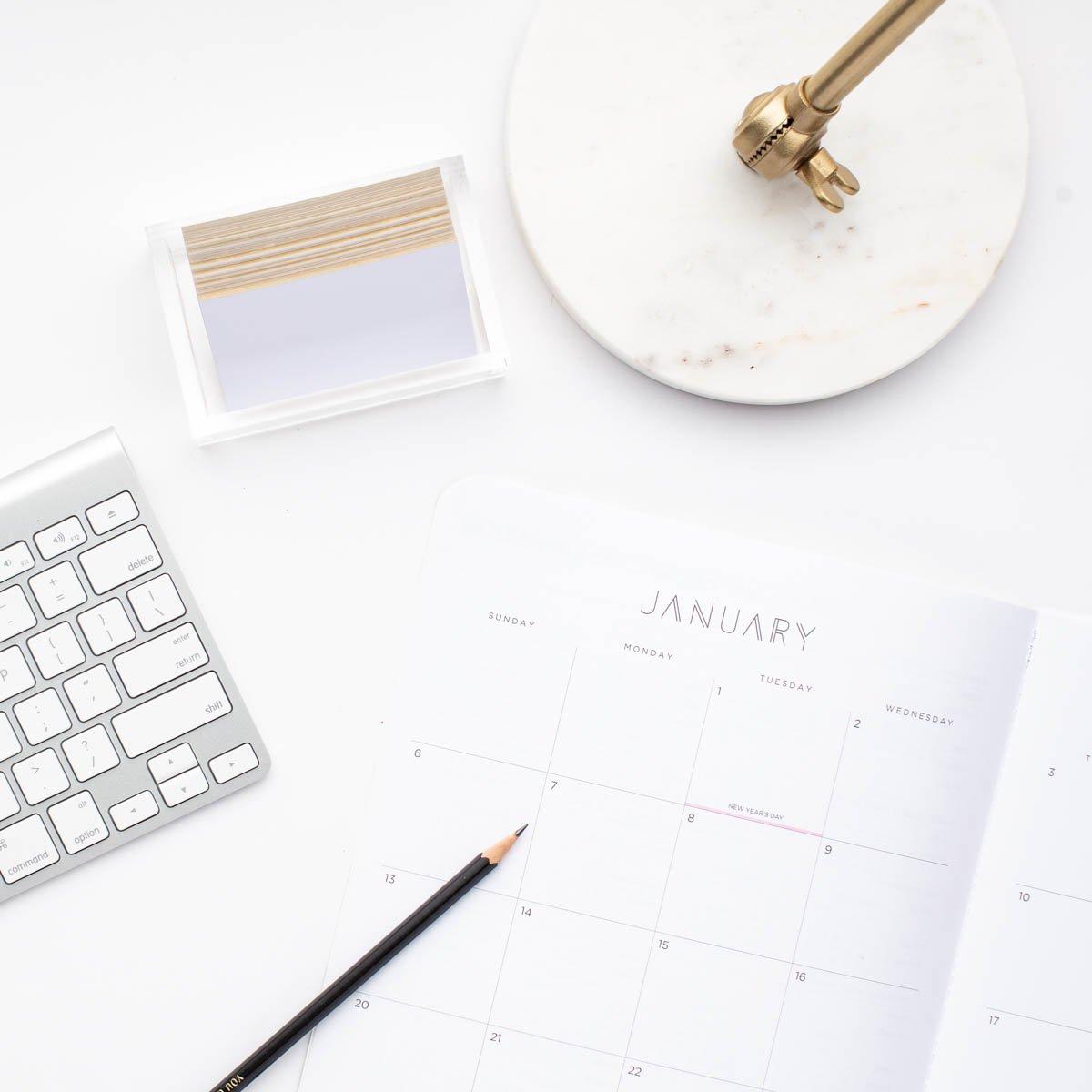 Pollyanna Consulting - Desktop + Calendar